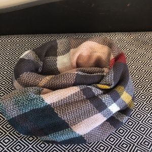 A Scarf Perfect for Fall